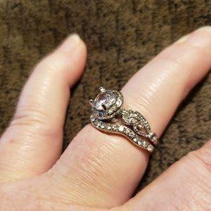Aprilsplace Jewelry - Round Halo Wedding ring Size 8
